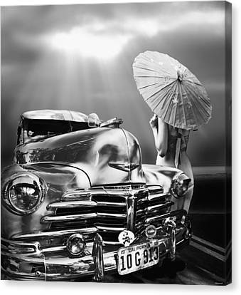 Queen Of The Highway Canvas Print by Larry Butterworth