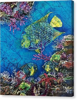 Queen Of The Sea Canvas Print by Sue Duda