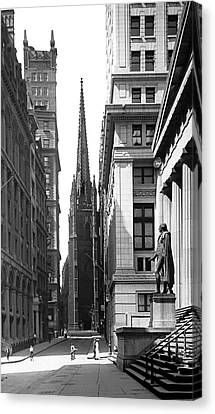 Quiet Sunday On Wall Street Canvas Print by Underwood Archives
