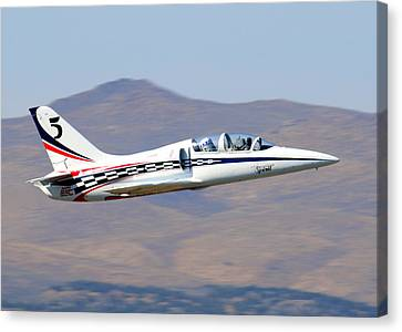 R2d2 Flies At The Reno Air Races Canvas Print