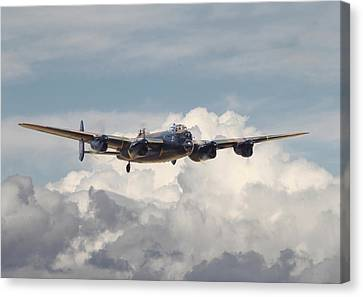 Raf Lancaster Canvas Print by Pat Speirs