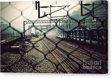 Railway Station Canvas Print by Yew Kwang
