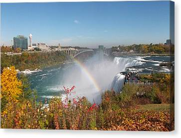 Rainbow At The American Falls Canvas Print
