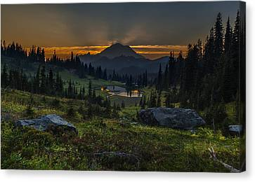 Rainier Sunset Basin Canvas Print