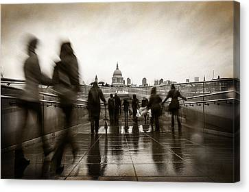 Rainy Day In London With Vintage Filter Canvas Print