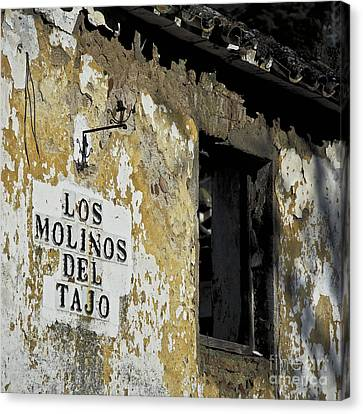 Ramshackled Los Molinos Canvas Print