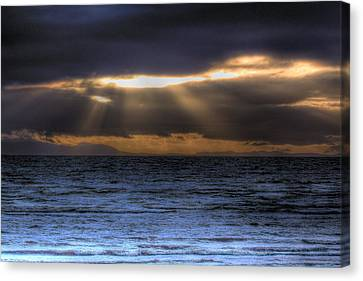 Rays Of Light  Canvas Print by Naman Imagery