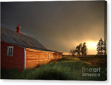 Red Barn At Sundown Canvas Print by Jerry McElroy