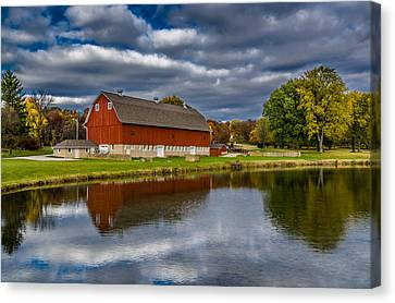 Red Barn In Autumn Canvas Print by Randy Scherkenbach