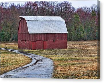 Red Barn Of Southern Maryland Canvas Print by Lori Hutchison