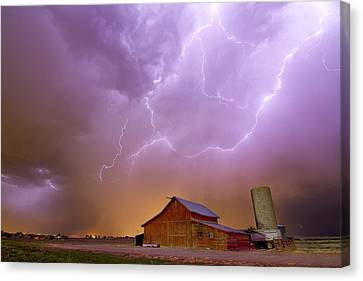 Red Barn On A Farm And What A Beautiful Sight Canvas Print by James BO  Insogna