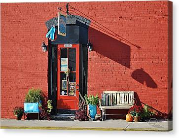 Canvas Print featuring the photograph Red Door by Ludwig Keck