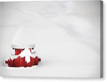 Red Fired Hydrant Buried In The Snow. Canvas Print by Oscar Gutierrez