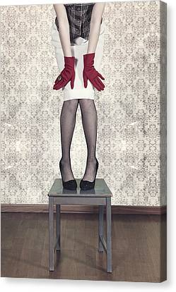 Red Gloves Canvas Print by Joana Kruse
