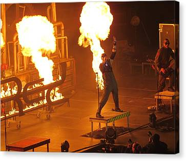 Red Heats Up Winterjam In Atlanta Canvas Print by Aaron Martens