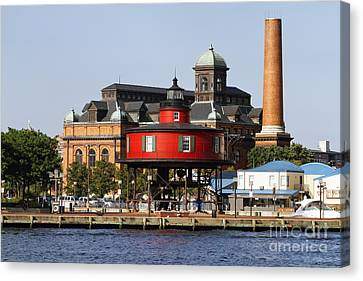 Red Lighthouse Of Baltimore Canvas Print by George Oze