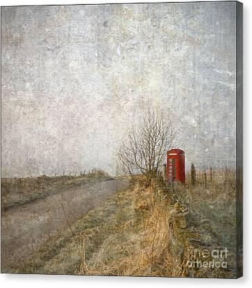 Red Phone Box Canvas Print by Liz  Alderdice