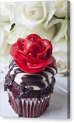 Red Rose Cupcake Canvas Print by Garry Gay