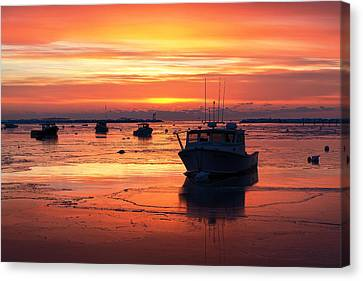 Red Skies In Rye Canvas Print by Eric Gendron