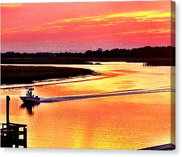 Red Sun On The Water Canvas Print