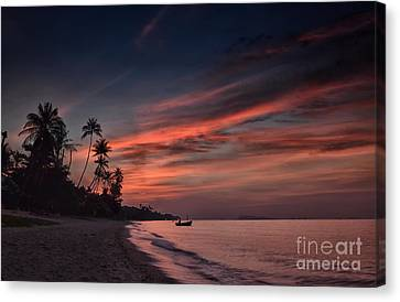 Red Sunset Canvas Print by Michelle Meenawong