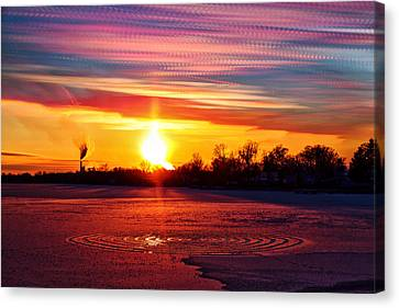 Red Vs Blue Canvas Print by Matt Molloy