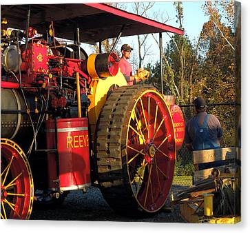 Reeves Steam Tractor Canvas Print by Pete Trenholm