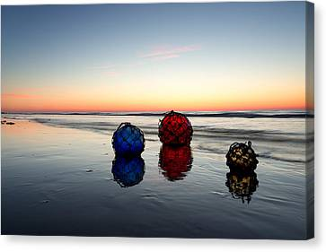 Canvas Print featuring the photograph Reflection by Sharon Jones