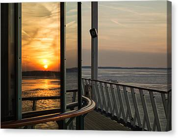 Canvas Print featuring the photograph Reflections Of A Chesapeake Sunset by Bill Swartwout