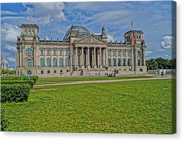 Reichstag Berlin Hdr Canvas Print by Alexander Drum