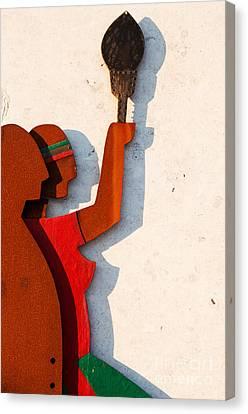 Republic Sculpture In Ourem Canvas Print by Luis Alvarenga