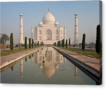 Resplendent Taj Mahal Canvas Print by Mike Reid