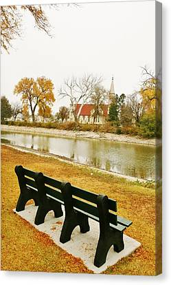 Canvas Print featuring the photograph Rest A While In Ellis by Shirley Heier