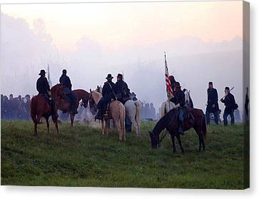 Reviewing The Troops - Perryville Ky  Canvas Print by Thia Stover