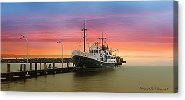 Rgb 0002 Canvas Print by Kevin Chippindall