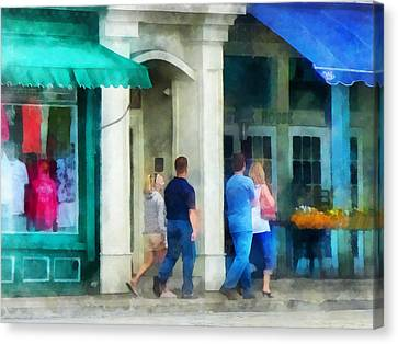 Rhode Island - Eating Out With Friends Newport Ri Canvas Print by Susan Savad