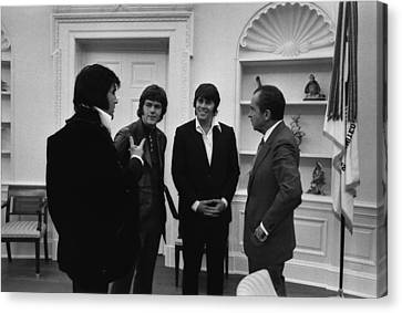 Richard Nixon Meeting Elvis Presley Canvas Print by Everett