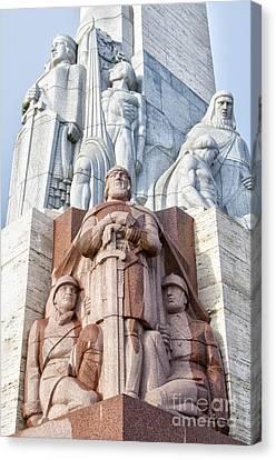 Riga Freedom Monument 02 Canvas Print by Antony McAulay