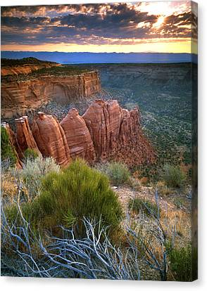 Rim Drive Sunrise Canvas Print