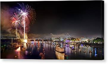 Riverbend Fireworks Canvas Print by Steven Llorca
