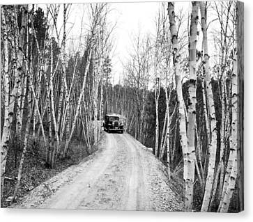 Road To Mount Rushmore Canvas Print by Underwood Archives