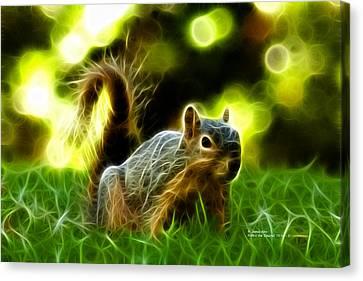 Robbie The Squirrel - 7376 - F Canvas Print by James Ahn