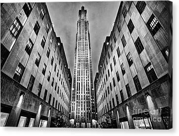 Rockefeller Centre Canvas Print by John Farnan