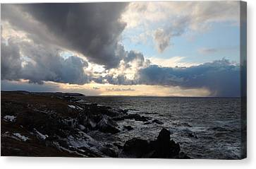 Rocky Beach 2 Canvas Print