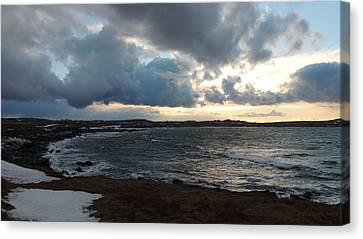 Rocky Beach 3 Canvas Print