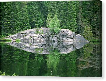 Canvas Print featuring the photograph Rocky Reflection by David Porteus