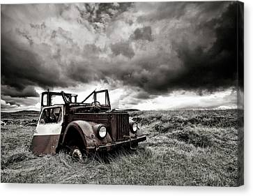 Rusted Cars Canvas Print - Roofless by ?orsteinn H. Ingibergsson