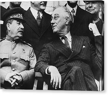 Roosevelt And Stalin Canvas Print by Underwood Archives