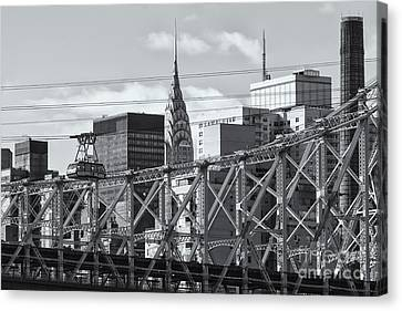 Roosevelt Island Tram And Manhattan Skyline II Canvas Print by Clarence Holmes