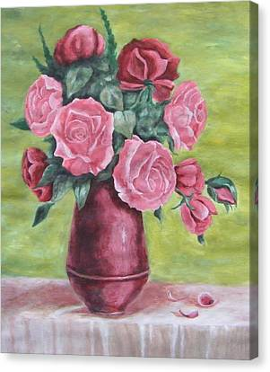Roses In Vase Canvas Print by Vlatka Kelc